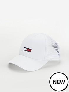 tommy-jeans-trucker-flag-cap-white