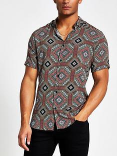 river-island-short-sleeve-tile-print-shirt