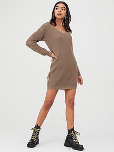boohoo-boohoo-v-neck-jumper-mini-dress-taupe
