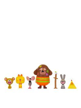 Hey Duggee Hey Duggee Hey Duggee & Friends Figurine Set - New Characters Picture