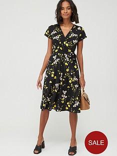 wallis-meadow-flower-wrap-dress-black