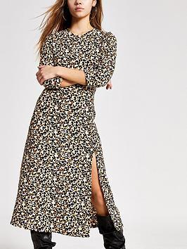 RI Petite Ri Petite Animal Jersey Midi Dress - Black Picture