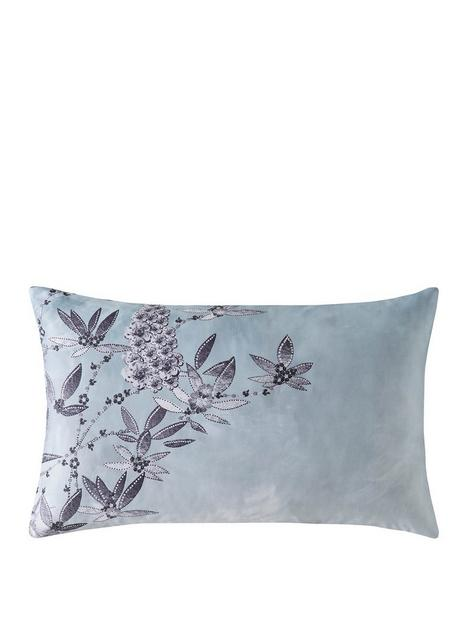 rita-ora-latimer-housewife-pillowcase-pair