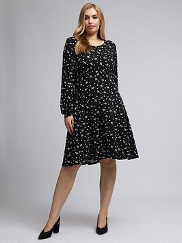 Dorothy Perkins Dorothy Perkins Curve Empire Seam Long Sleeve Mono Ditsy  ... Picture
