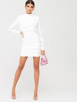 In The Style In The Style X Billie Faiers Wide Shoulder Ruched Mini Dress - White