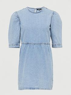 missguided-missguidednbspdenim-smock-dress--nbsplight-wash