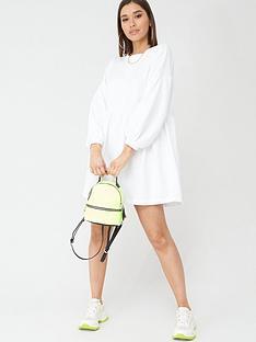 boohoo-boohoo-ruched-sleeve-oversized-sweat-dress-cream