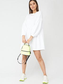 Boohoo Boohoo Boohoo Ruched Sleeve Oversized Sweat Dress - Cream Picture