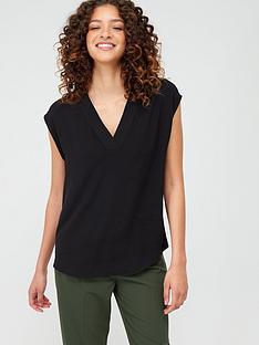 v-by-very-essential-v-neck-sleeveless-formal-shell-top-black