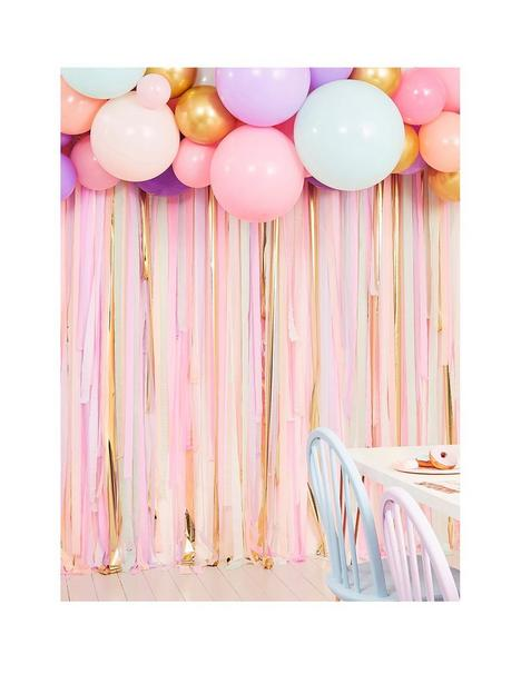 ginger-ray-pastel-streamer-and-balloon-birthday-party-backdrop