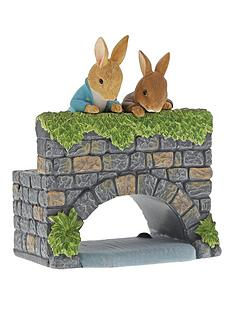 peter-rabbit-over-the-bridge-figurine