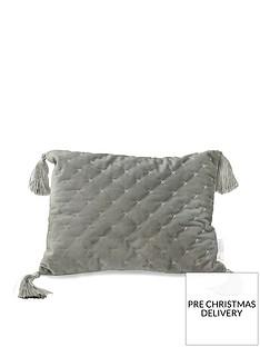 caprice-loren-cushion