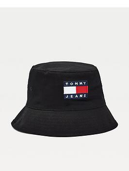 tommy-jeans-tjm-heritage-rev-bucket-hat-black