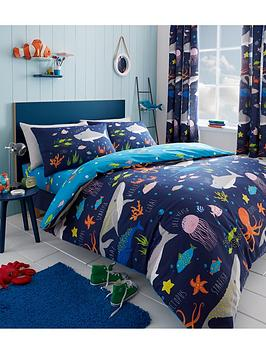 Bedlam Bedlam Sea Life Glow In The Dark Junior Duvet Cover Set Picture