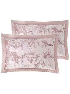 catherine-lansfield-crushed-velvet-pillowsham-pair-pink