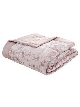 catherine-lansfield-crushed-velvet-bedspread-throw-pink