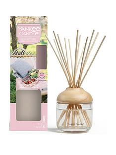 yankee-candle-reed-diffuser-ndash-sunny-daydream