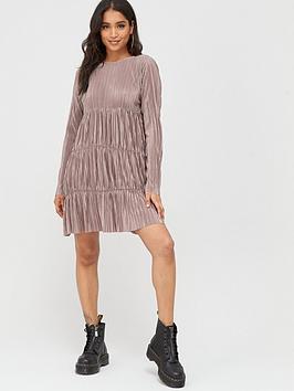 Boohoo Boohoo Boohoo Pleated Long Sleeve Tiered Smock Dress - Taupe Picture