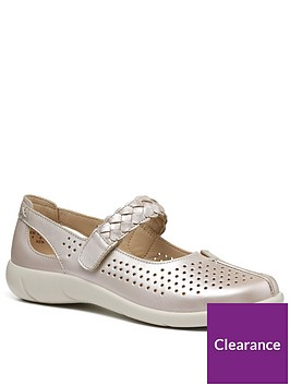 hotter-quake-wide-fit-mary-jane-shoes-pearl