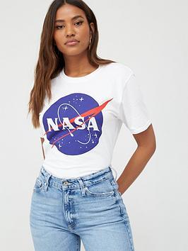 v-by-very-nasa-license-t-shirt-white