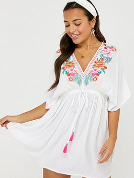 Accessorize   Wow Embroidered Kaftan - White