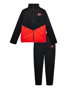 nike-older-core-futura-poly-tracksuit-blackred