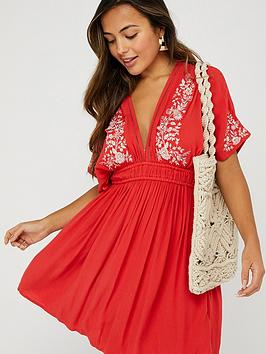 Accessorize   Geo Lace Embroidered Kaftan - Red