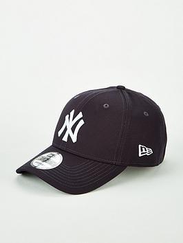 new-era-9forty-new-york-yankees-cap-navywhite