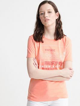 Superdry Superdry Organic Cotton Premium Goods Label Outline T-Shirt - Pink Picture
