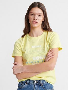 Superdry Superdry Organic Cotton Premium Goods Label Outline T-Shirt -  ... Picture