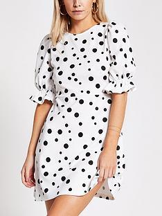 ri-petite-puff-sleeve-spot-print-mini-dress-white