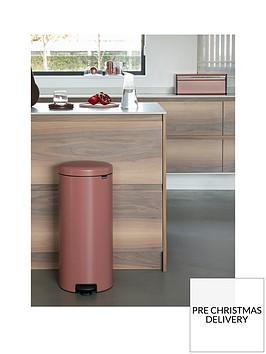 brabantia-newicon-30-litre-pedal-bin-ndash-terracotta-pink