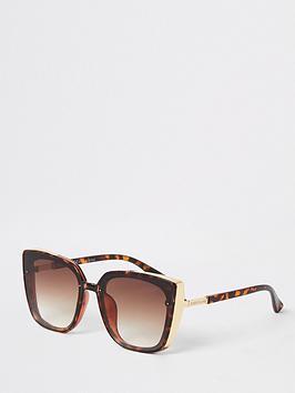 river-island-metal-side-detail-glam-sunglasses--nbsptort