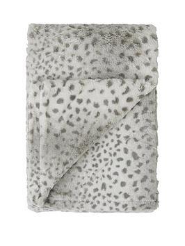 Cascade Home  Cheetah Faux Fur Throw