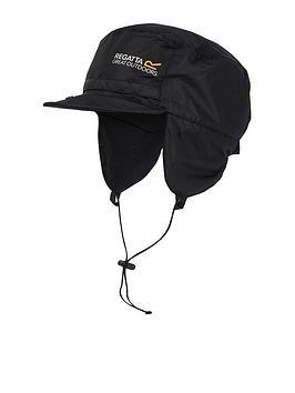 regatta-padded-igniter-hat-black