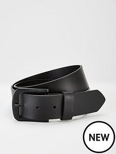 levis-seine-leather-belt