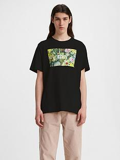 levis-tropic-graphic-serif-logo-t-shirt-black