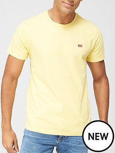 levis-t-shirt-with-small-housemark-logo