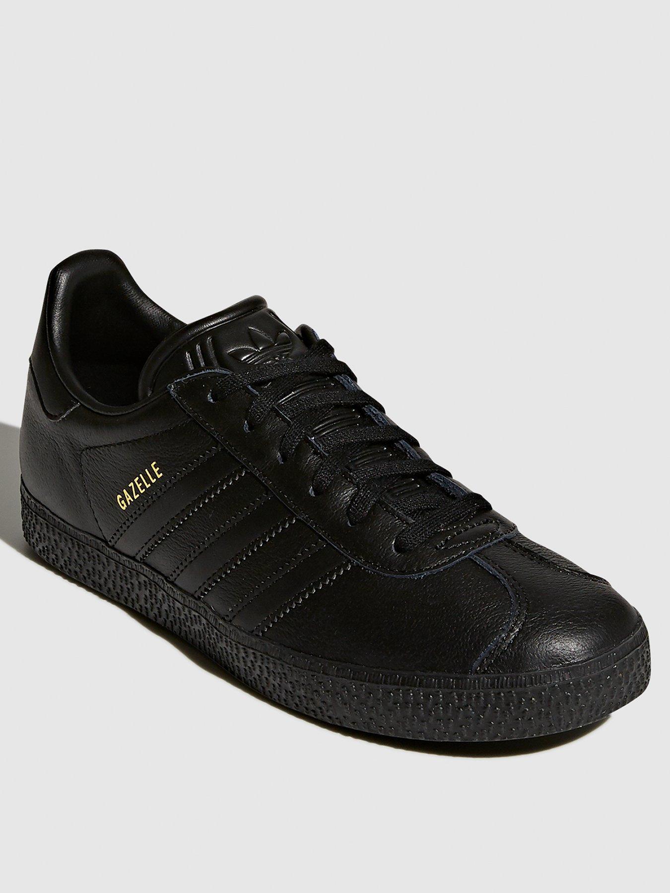 5.5 | Adidas | Junior footwear (sizes 3