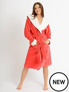 chelsea-peers-fleece-robe-red