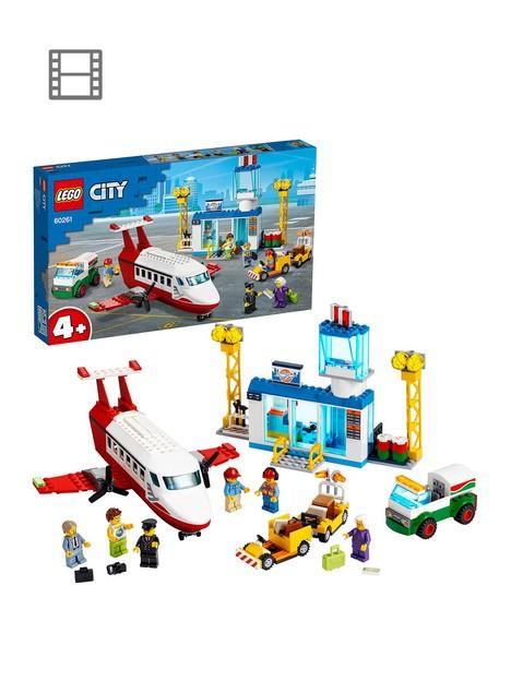 lego-city-60261-central-airport-passenger-plane-fuel-truck-amp-pilot