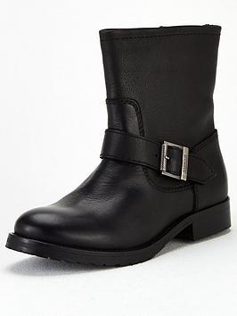 barbour-international-baja-leather-buckle-ankle-boot-black