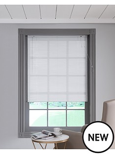 aluminuim-venetian-blind-in-white