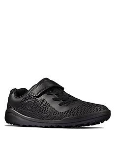 clarks-youth-award-swift-trainer-black