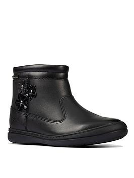 clarks-girls-scooter-go-gore-tex-ankle-boot-black