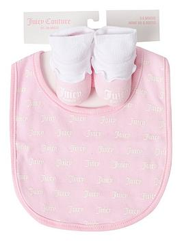 Juicy Couture   Baby Girls Bib And Bootie Set