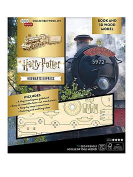 Harry Potter   : Hogwarts Express Book And 3D Wood Model