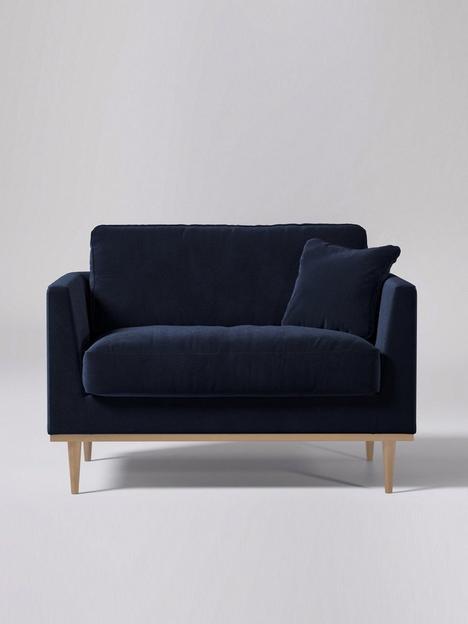 swoon-norfolk-fabric-love-seat