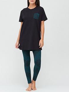 v-by-very-oversized-jersey-t-shirt-ampnbsplegging-set-animal-print