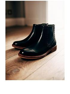 barbour-florence-leather-chelsea-boot-black